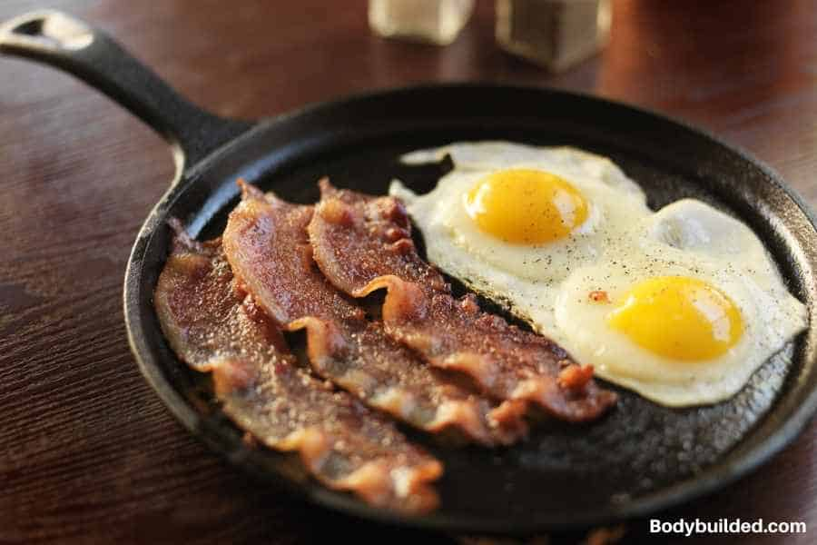 Bacon and eggs low carb lunch meal idea