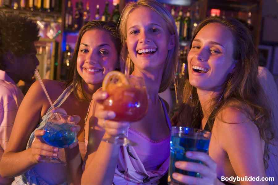 Say no to late night binge drinking to lose weight in college